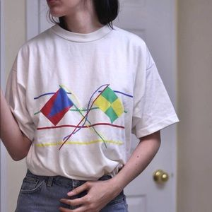 Flags graphic vintage tee